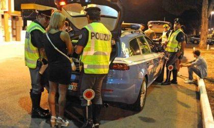 Guidavano ubriachi in autostrada