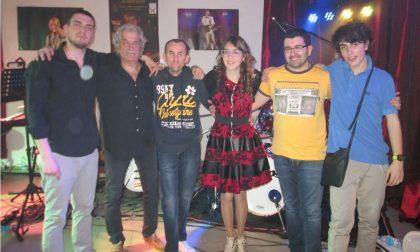 I Tnt Tribute Nomadi in concerto al Circolino del rione Isola