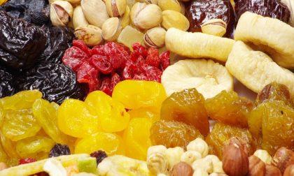 Rubano 100.000 euro di frutta secca