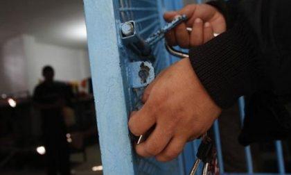 Detenuto si impicca, salvato da un agente