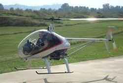 Precipita elicottero ultraleggero