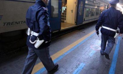 Ruba portafogli con 450 euro, bosniaco arrestato