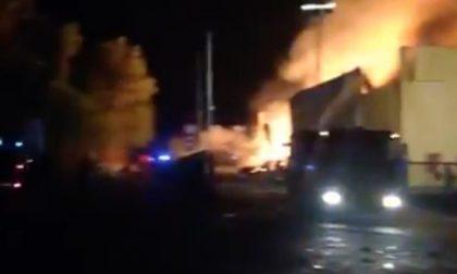 Aggrediti i titolari della fabbrica bruciata