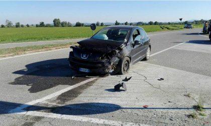 Costanzana, violento frontale tra due auto