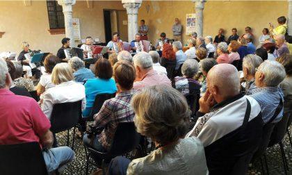 Una folla al Leone per l'orchestra Salaris