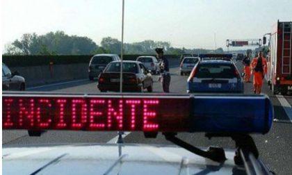 Ventenne muore in un incidente sull'autostrada