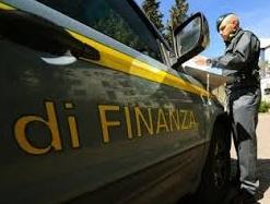 CRONACA: Profugo aggredisce due finanzieri