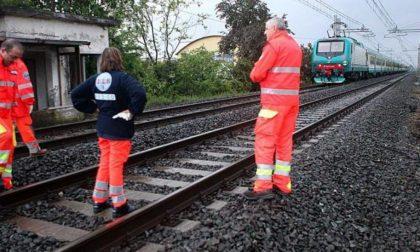 CRONACA: la Vercelli-Pavia nel caos. Uomo travolto da un treno