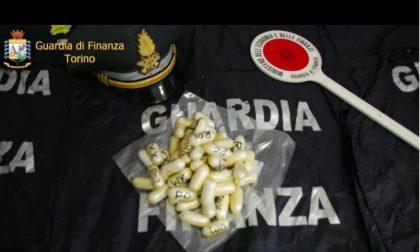 CRONACA: Arrestato con oltre un chilo di cocaina nello stomaco