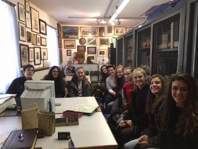 Biblioteca Varallo Studenti in sala
