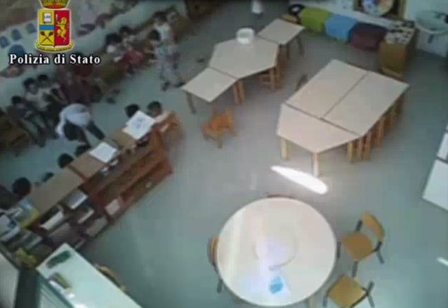 Vercelli: ai domiciliari tre maestre per maltrattamenti in un asilo