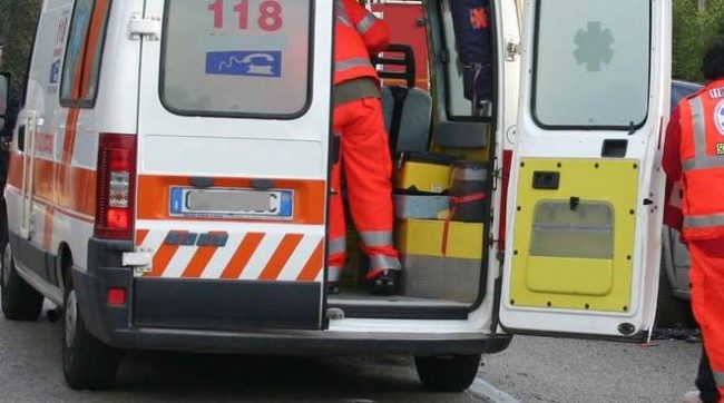 Accoltellato in strada a Torino: muore 34enne