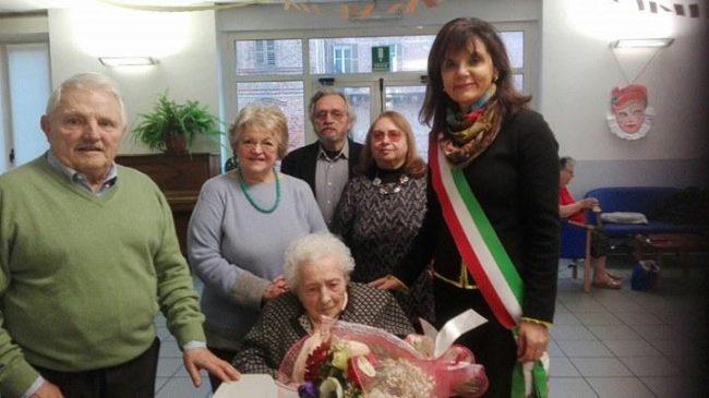 Nonna Elisa ha compiuto un secolo di vita.