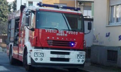 Incendio in città: a fuoco alloggio in via Prati