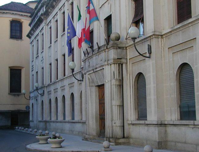 Lavoratori Comune Borgosesia: tagliati 600.000 euro di spettanze