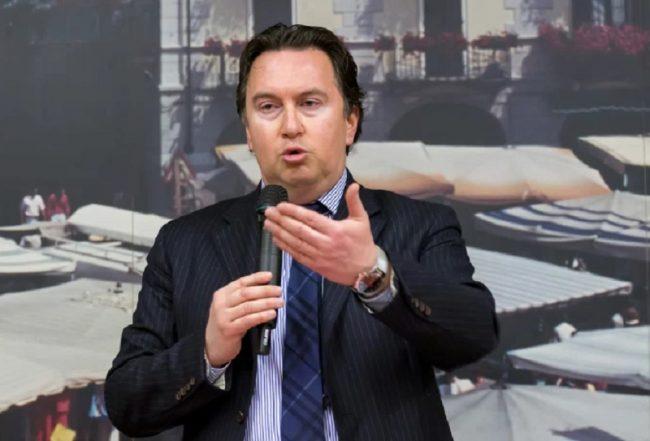 Luca Pedrale si ritira dalla corsa alla carica di sindaco