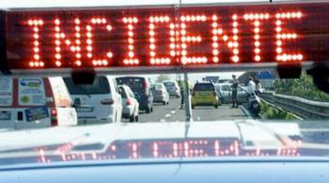 Tragedia sulla A4: incidente mortale