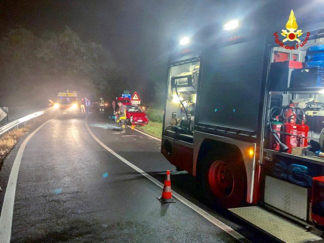Auto capottata nella notte sulla SP78 di Moncrivello