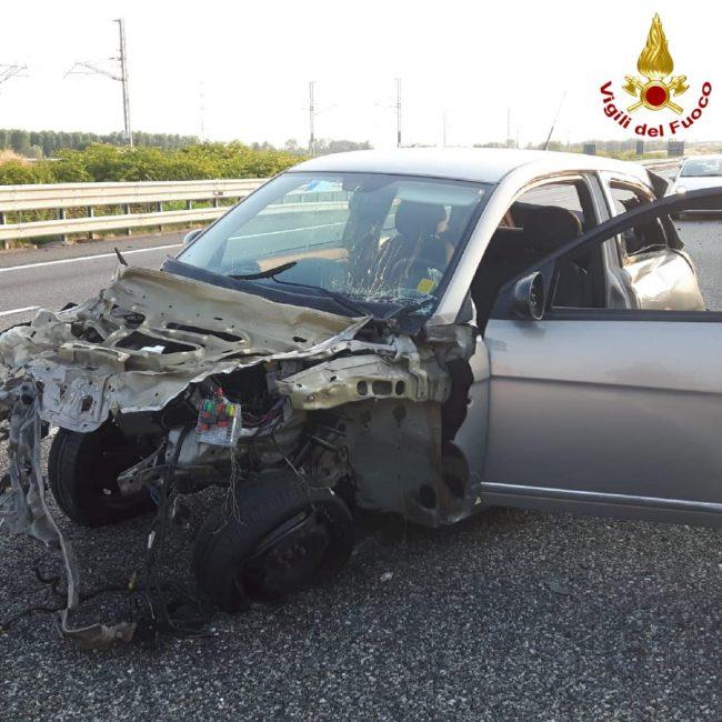 Mega incidente in autostrada: otto vetture coinvolte