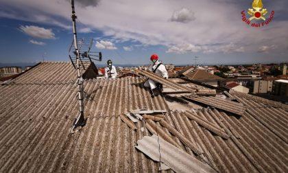 Rimozione Eternit danneggiato in tetto di piazza Medaglie d'oro