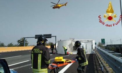 Camper ribaltato: tre feriti nell'incidente