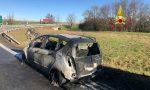 Auto in fiamme sulla bretella A4-A26