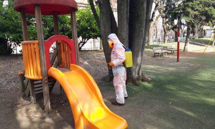 Asm Sanifica strade e parchi della città