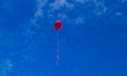 Palloncino lanciato da una bimba vola fino in Baviera