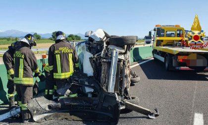 Incidente in autostrada: il conducente in ospedale