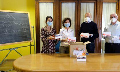 Soroptimist Club Vercelli dona cinquecento mascherine ai medici