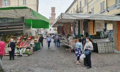 Bentornato mercato: ripartenza regolare e tanta gente