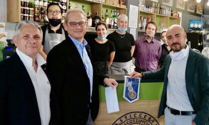 """Rotary: donazione di 4mila euro al biscottificio """"il Mattarello"""""""