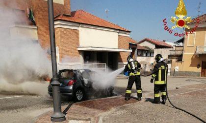Auto a fuoco ad Asigliano – il video