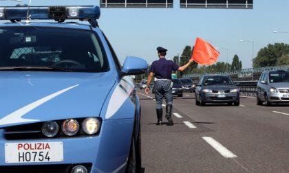 Polstrada: oltre 3.000 euro di multa per trasporti irregolari