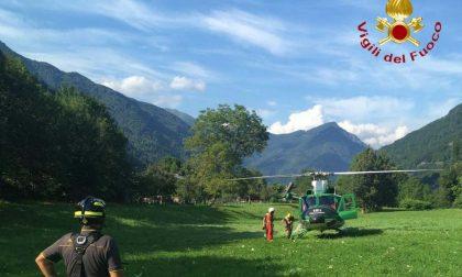 Valsesia: escursionista bloccato su una cengia salvato dall'elicottero