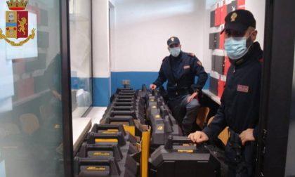 Peruviana trovata senza mascherina in treno schiaffeggia agente