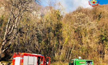 A fuoco due ettari di terreno in Valsesia