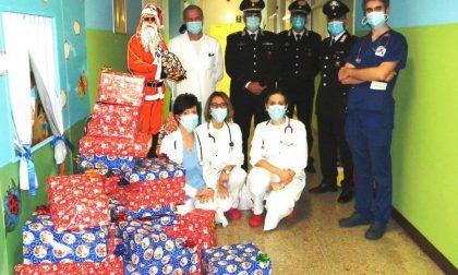Babbo Natale dei Carabinieri in pediatria a Vercelli