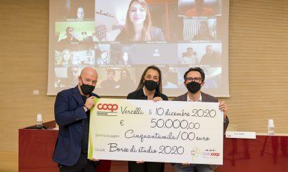 Nova Coop premia 18 studenti del Vercellese