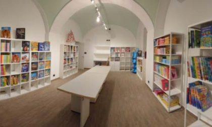 La casa editrice NuiNui apre a Vercelli l'outlet del libro