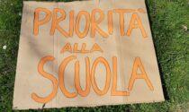 """Sit-in """"Pas"""" in piazza Cavour per il ritorno in classe"""