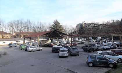 """Parcheggio """"ex Caserma Garrone"""" chiuso per lavori"""
