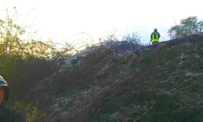Crescentino: incendio nella zona dell'ex torbiera a San Genuario