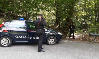 Scopa, Giro d'Italia: Carabinieri all'inseguimento dei ladri prima del passaggio dei ciclisti