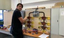 Roberto De Santi secondo alla gara nazionale degli elettricisti