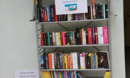 La Biblioteca civica di Vercelli sbarca in piscina