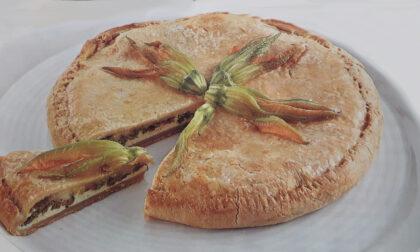 Torta di formaggio e fiori di zucchine