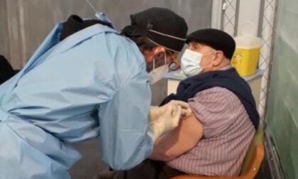 Vaccini Vercelli: cambio di programma per 350 persone