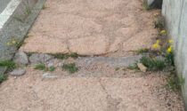 Cavalcavia Belvedere: marciapiede distrutto