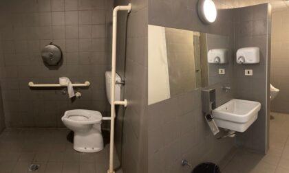 Sistemato il gabinetto di piazza Cavour: si entra con tessera sanitaria
